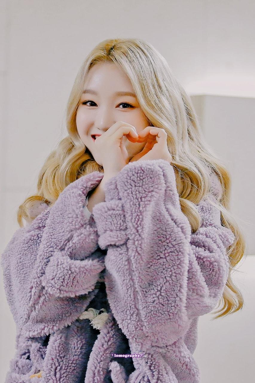 teddybearcoats_loona_gowon