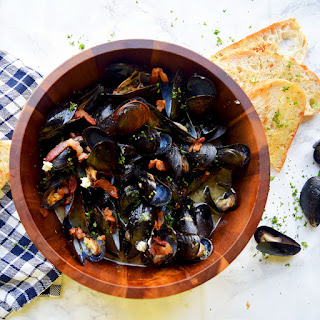 Bacon & Horseradish Steamed Mussels