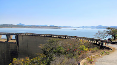 Photo: Lake Mutirikwe Dam