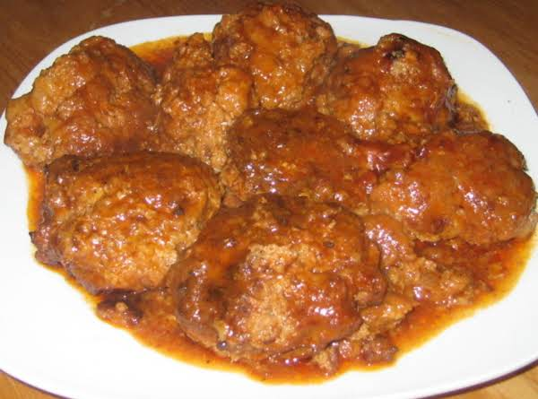 Grandma Style Hamburgers (meatballs With Swiss Steak Sauce)