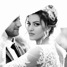 Wedding photographer Olya Papaskiri (SoulEmkha). Photo of 20.12.2017