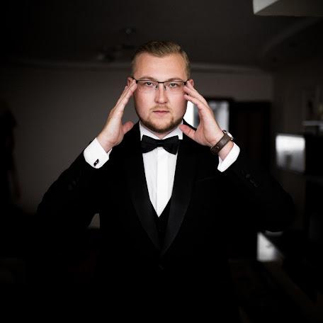 Wedding photographer Denis Suvorov (day77). Photo of 25.02.2018