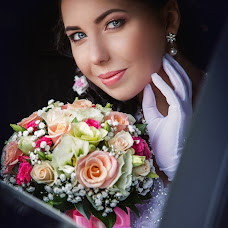 Wedding photographer Arina Elizarova (Linusik). Photo of 15.05.2015