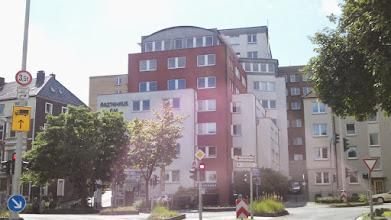Photo: Das Ärztehaus vor dem Allgemeinen Krankenhaus Hagen (AKH).