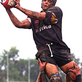 Lineout by Gavin Falck - Sports & Fitness Rugby ( muddy, lineout, sport, gavin falck, rugby )