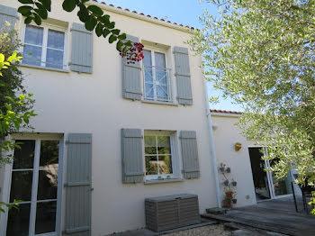 maison à Saint-Rogatien (17)