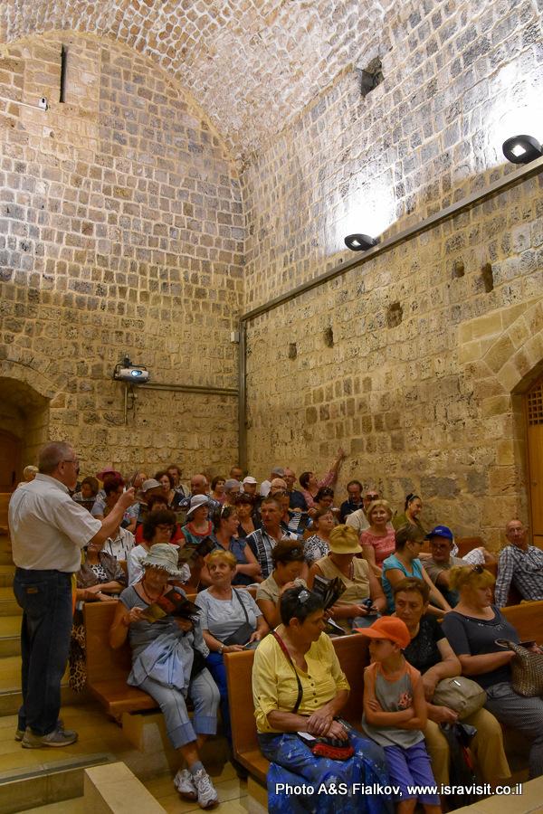В информационном центре археологического парка Акко. Экскурсия в Акко гида Светланы Фиалковой.