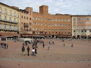 Photo: The Plaza Il Campo in Siena.