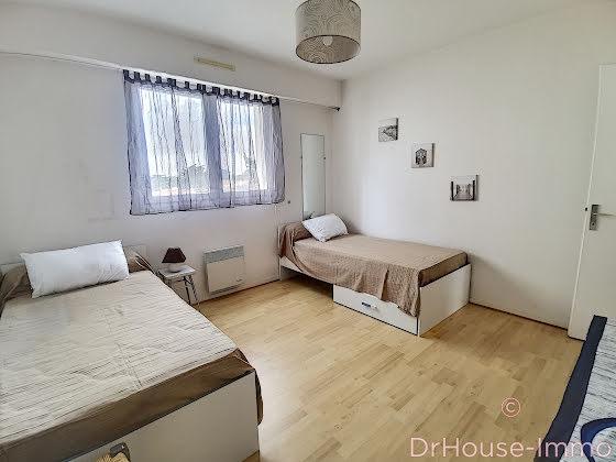 Location appartement meublé 3 pièces 76 m2
