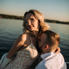 Wedding photographer Katya Antonova (katyaant). Photo of 05.06.2018