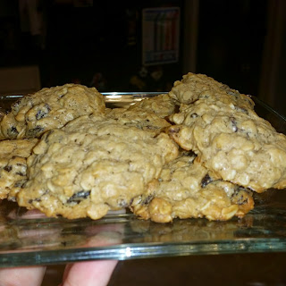 Chewy Oatmeal Raisin Cookies!