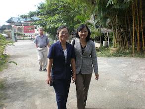 Photo: Cô Diệp và cô Mai (ai dám nói già!?)