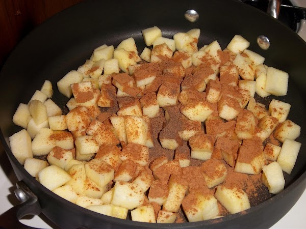Core, peel and cut the apples into small pieces and toss them into a...