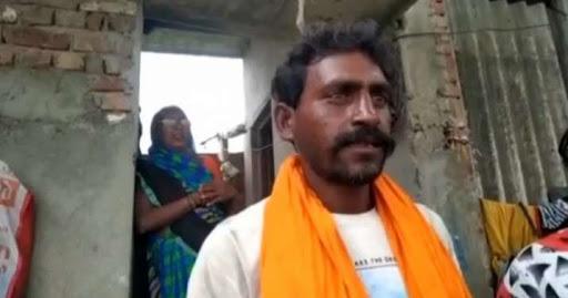 UP Boatman Rescues 'Ganga Ki Beti' Found Floating In A Box, Govt To Gift Him A Boat