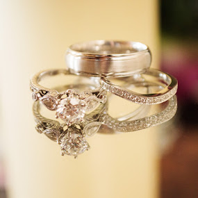 Reflection of Love by Roberta Lott-Holmes - Wedding Details ( wedding, diamond, colorado, circle, wedding rings,  )