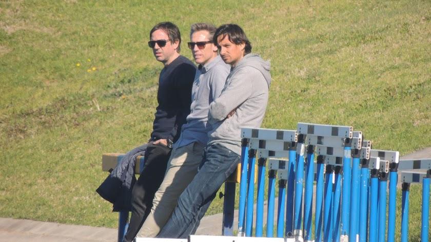 Mario Barri, Corona e Ibán Andrés, este lunes en el campo Anexo.