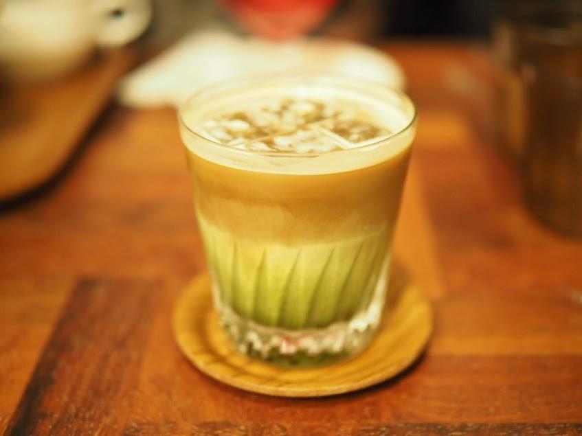 抹茶のカフェオレ