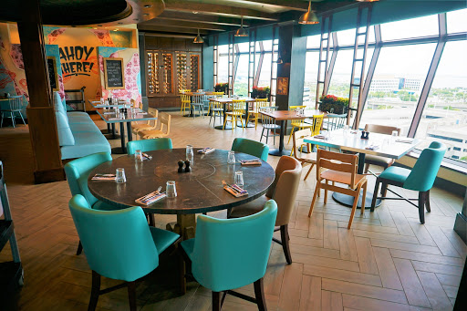 Jamies-Inside.jpg - Mariner of the Seas now has a Jamie's Italian. Open for lunch and dinner, this specialty dining  venue offers modern twists on classic Italian dishes.
