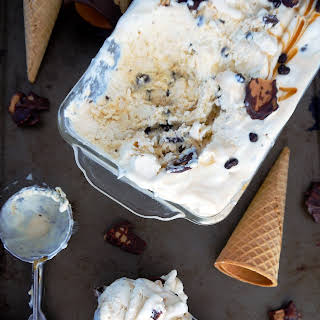 No Churn Homemade Americone Dream Ice Cream.