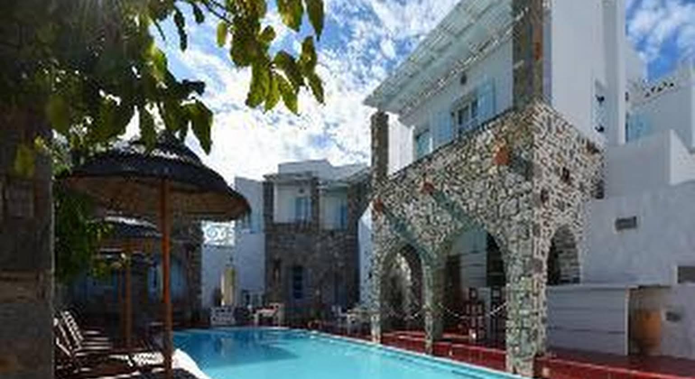 Zefi Hotel