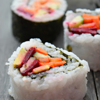 Spicy Mayo Vegetable Sushi.