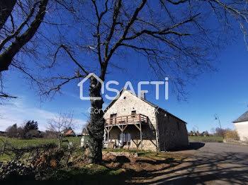 maison à Champagnac (15)