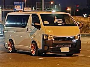 ハイエースバン TRH200V SUPER GL 2018年式のカスタム事例画像 keiji@黒バンパー愛好会さんの2020年11月23日06:31の投稿