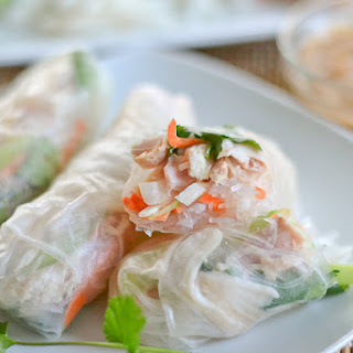Chicken and Jicama Salad Rolls with Peanut Dipping Sauce