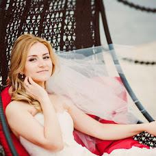 Wedding photographer Nika Zavyalova (Fotlisa). Photo of 12.09.2014