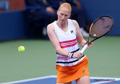 Alison Van Uytvanck stoot door naar kwartfinale in Nottingham