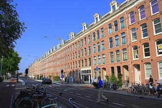 Photo: De Marnixstraat na de herprofilering maar nog zonder de bomen