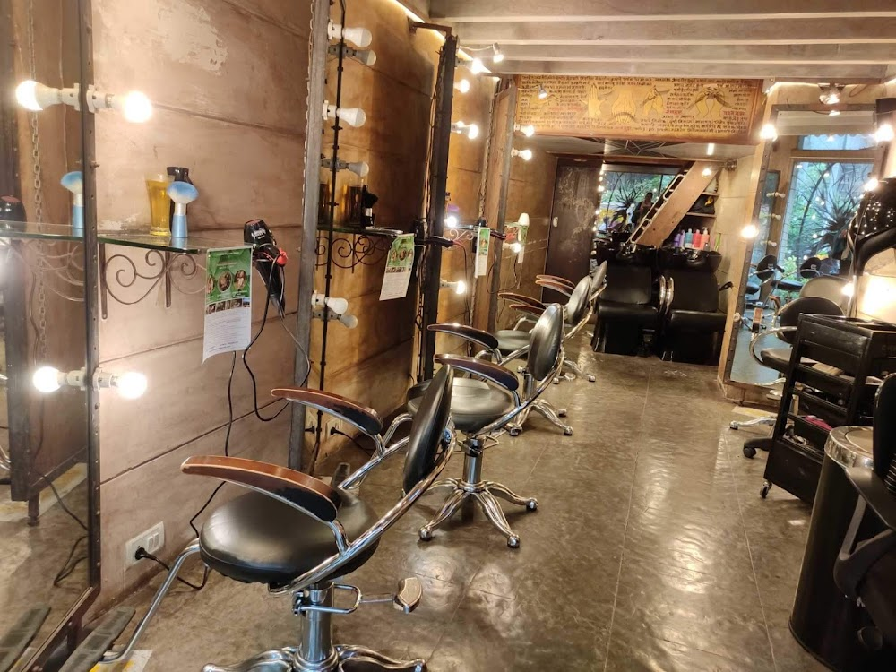 Mad_O_Wot Salon Mumbai