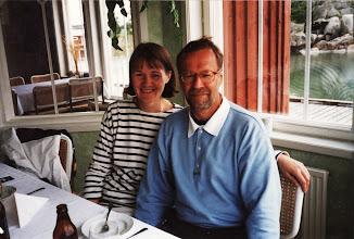 Photo: Pirkko ja Lasse samaisessa ravintolassa Kökarissa