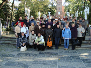 Photo: Grupa pielgrzymkowa przed kościołem św. Doroty w Licheniu