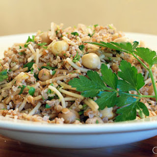 Bulgur Pilaf with Vermicelli and Garbanzo Beans