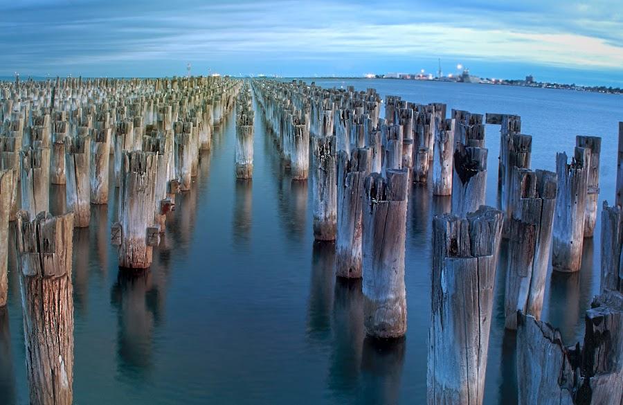 Princes Pier by Amanda Wilson - Buildings & Architecture Other Exteriors ( water, melbourne, pier, victoria, abandoned )