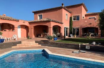 villa à Saint-Hippolyte (66)