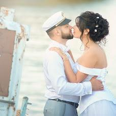 Wedding photographer Aleksandr Kompaniec (fotorama). Photo of 27.11.2017