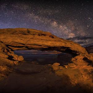 Mesa Arch Milky Way Final.psd-5.jpg