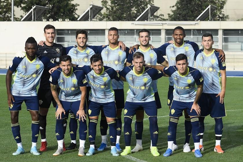 El Almería supera al filial 1-0