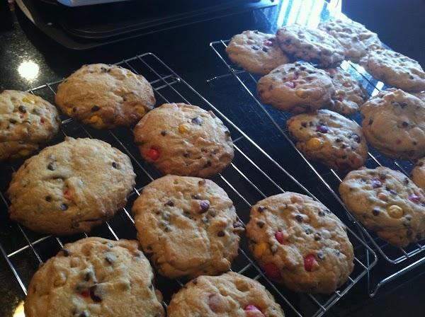 BAKE FOR 15-20 MINUTES OR UNTIL EDGES R SLIGHTLY BROWND...COOL ON PAN FOR ...