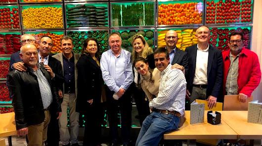 Carmen Crespo conoce los proyectos de Unica Group