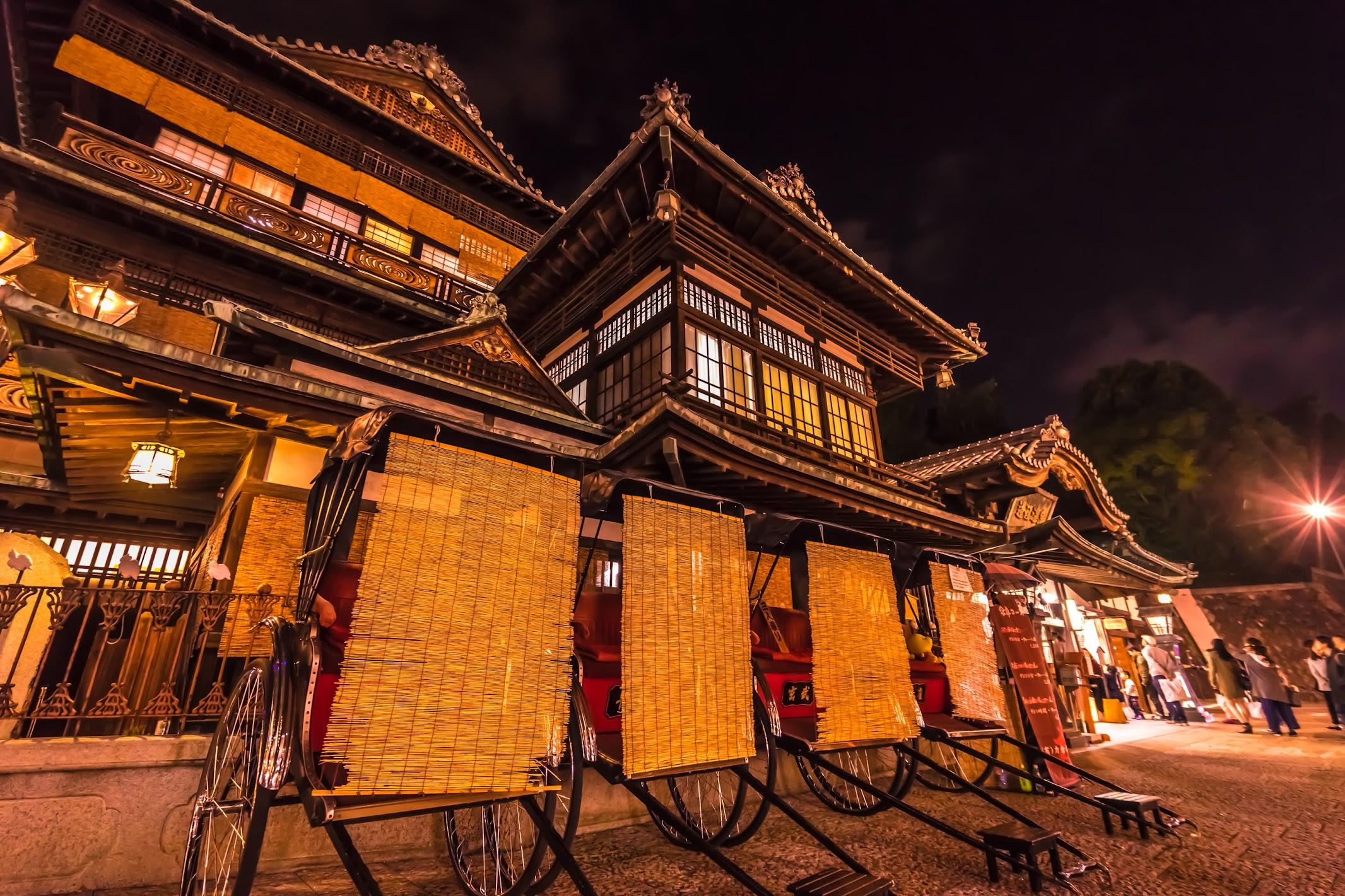 Dogo Onsen Honkan Night view (light-up)1