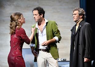 """Photo: WIEN/ Theater in der Josefstadt: """"VOR SONNENUNTERGANG"""" von Gerhard Hauptmann. Premiere 3.9.2015. Marina Senckel, Alexander Absenger, Christian Nickel. . Copyright: Barbara Zeininger"""