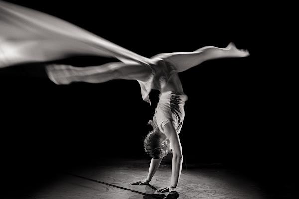 dancing in the moonlight di Rino Lio