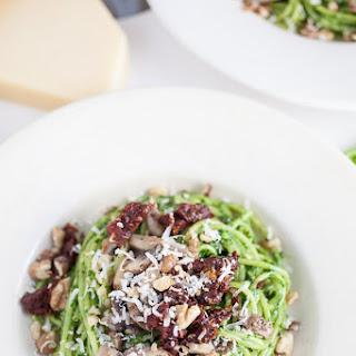 Spinach and Walnut Pesto Recipe