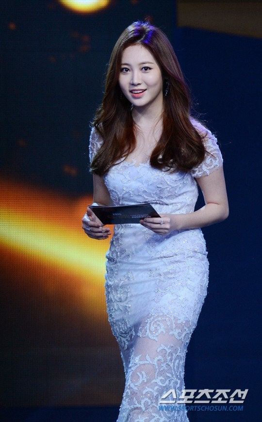 yura dress 23