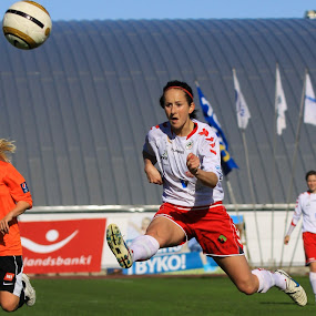 Great shoot by Rúnar Ingimarsson - Sports & Fitness Soccer/Association football ( iceland, football, akureyri, women, soccer )