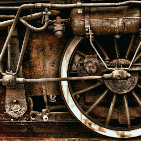Steampunk by Daliana Pacuraru - Artistic Objects Antiques ( technology, daliana pacuraru, wheels, train, steampunk, steam,  )