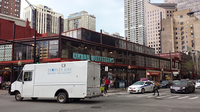 Photo: Urban Outfitters - along the Magnificent Mile